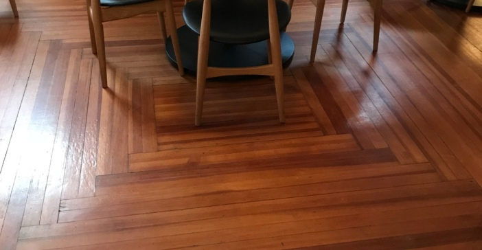 Hardwood floor in squares instead of straight