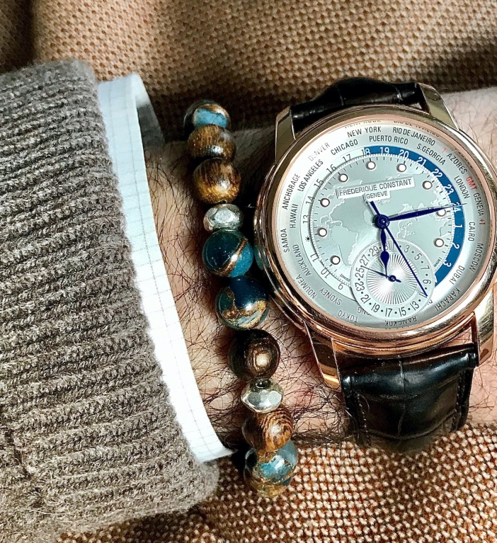 DeepBlue-Wood Ensemble with FC718.VinchesiDesigns